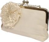 Saint Pure Women Formal White  Clutch
