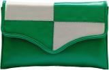 Designish Women Casual Green  Clutch