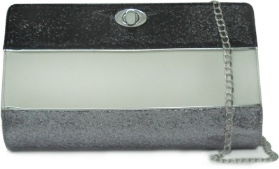 Zaera Women Casual Silver  Clutch