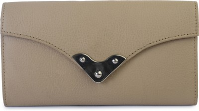 Klaska Women Casual Beige  Clutch