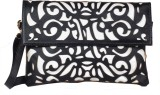 Done By None Women Casual Black  Clutch
