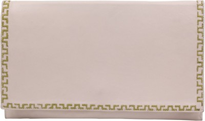Stylogy Girls Casual White  Clutch