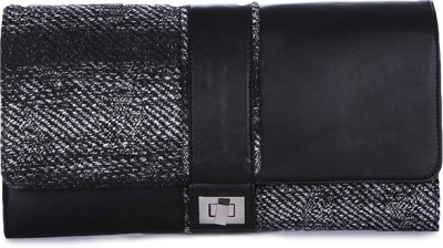Matchbox Maison Casual Black  Clutch