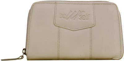 eZeeBags Women Casual White Clutch