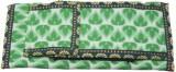 Vakula Exports Women Formal Green  Clutc...