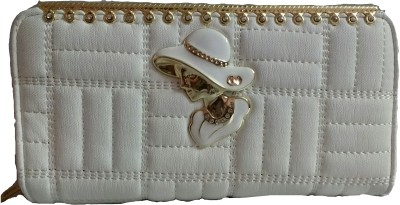 Marutipunch White  Clutch