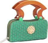 Mpkart Women Casual Green  Clutch