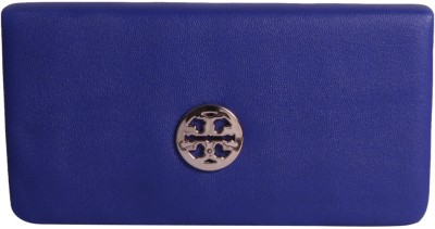 Whate Look Casual Blue  Clutch