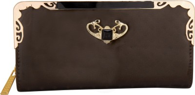 Aliza Women Casual Brown  Clutch
