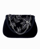 Diwaah Women Casual Black  Clutch