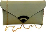 Bhamini Women Casual Gold  Clutch