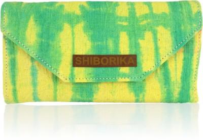 Shiborika Women Casual Green  Clutch