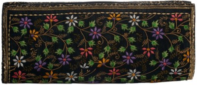 Soulful Threads Festive Black  Clutch