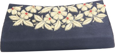 Merci Women Party Black  Clutch