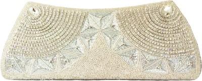 Zaira diamond White  Clutch