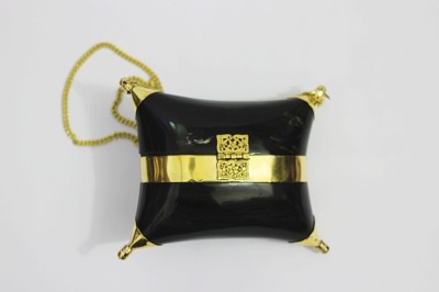 Shree Kala Fashions Black  Clutch