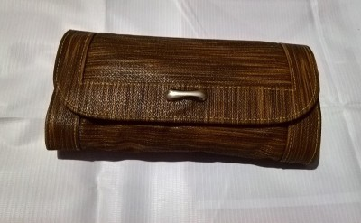 Aabha Stores Casual Brown  Clutch
