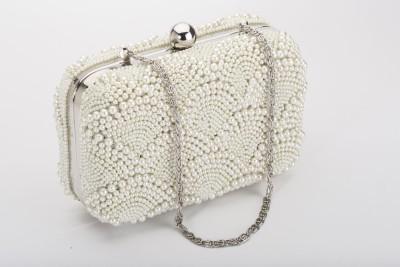 Silk&Sequins Women Casual White, Silver  Clutch