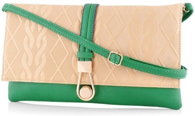 Daphne Women Casual Green  Clutch