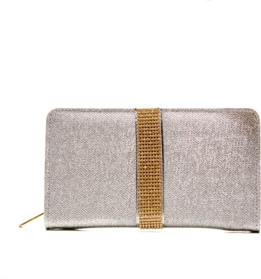 Styles n More Silver  Clutch