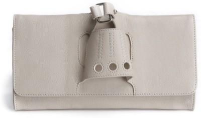 Craft Concepts Women Casual Beige  Clutch