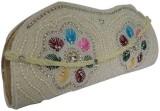 Laviva Women White  Clutch