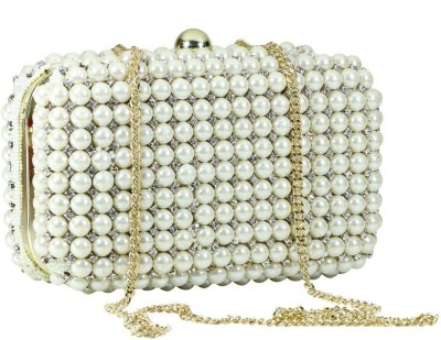 Sadaf White  Clutch