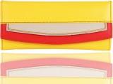 Yark Women Yellow  Clutch