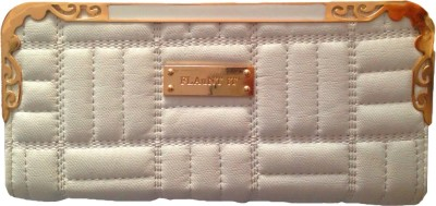 STYLE7 White  Clutch