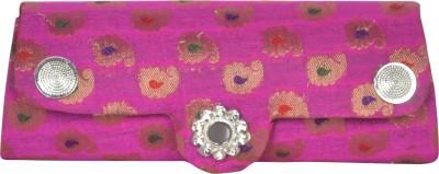 Freddys Women Casual Pink  Clutch