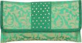Sunbeams Women Green  Clutch