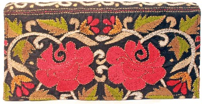 Slice Of Bengal Women Casual Black  Clutch
