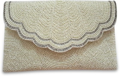 Starz Wedding Beige  Clutch