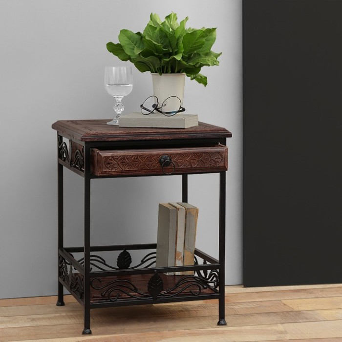 Onlineshoppee CAC Solid Wood Coffee Table