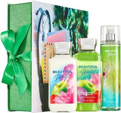 Bath & Body Works Beautiful Day Merry & Bright Gift Set