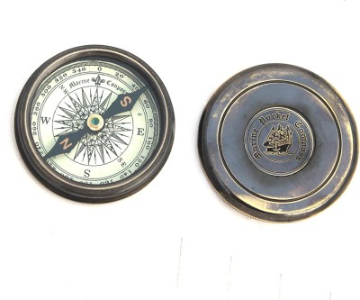 Shree Sai Pure Direction Showpiece Handicraft Compass