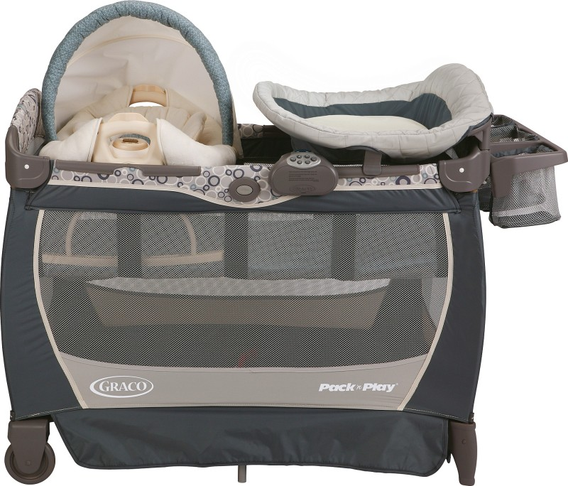 Graco Pack 'n Play Playard with Cuddle Cove Lx Rocking Seat - Brompton Cot(Multicolor)