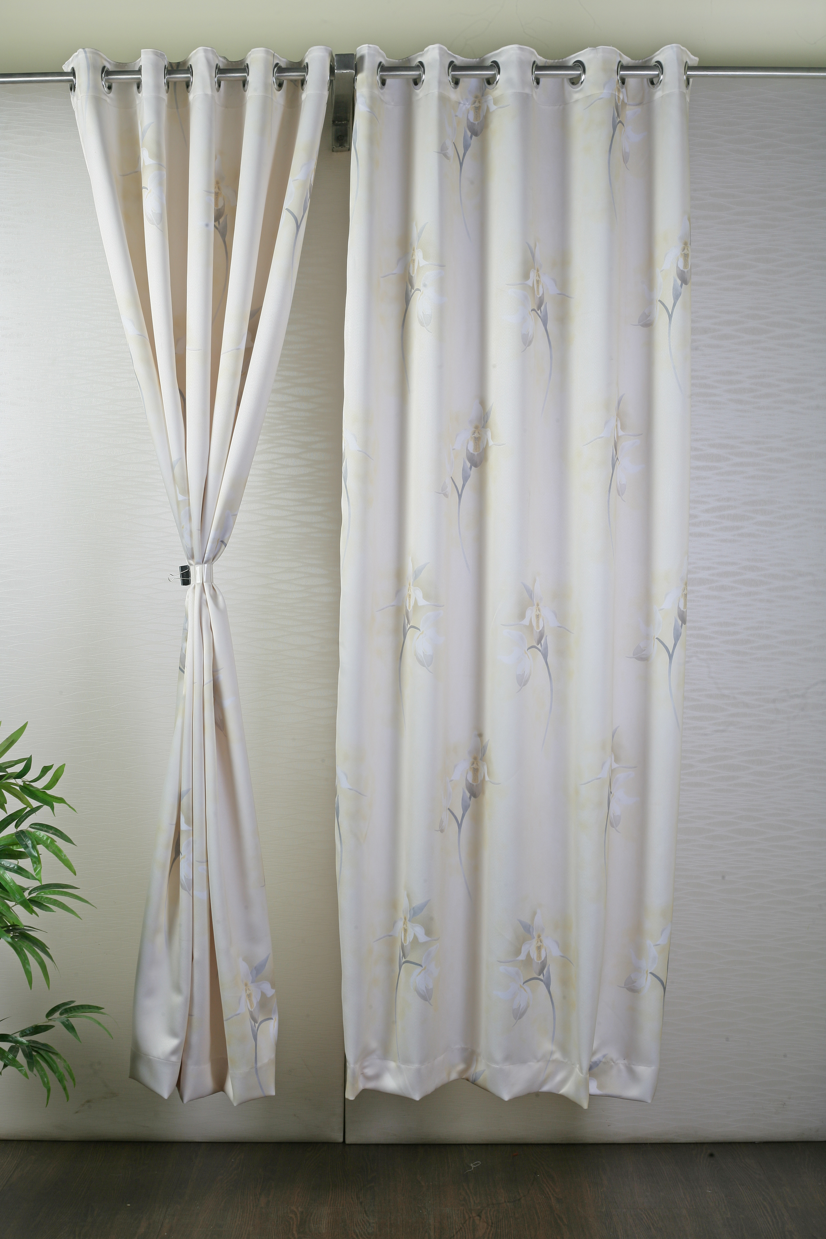 Beesilk Polyester Brown Abstract Eyelet Door Curtain