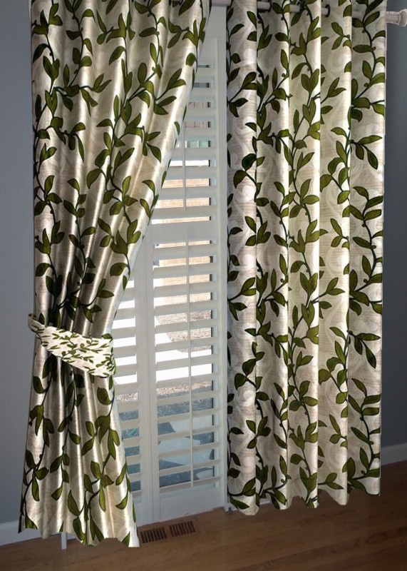 BNA Decor Polyester Green Abstract Eyelet Window Curtain(153 cm in Height, Pack of 2)