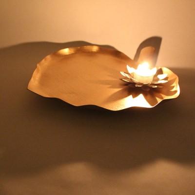 Wink Leaf Platter With 1 T-Light Cast Iron Decorative Platter
