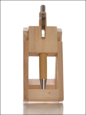 RajLaxmi 1 Compartments Wooden Pen Stand