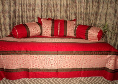 Amita Home Furnishing Silk Striped Diwan Set
