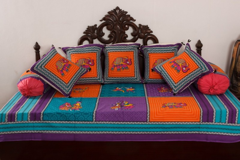 Vivid Rajasthan Cotton Animal Diwan Set