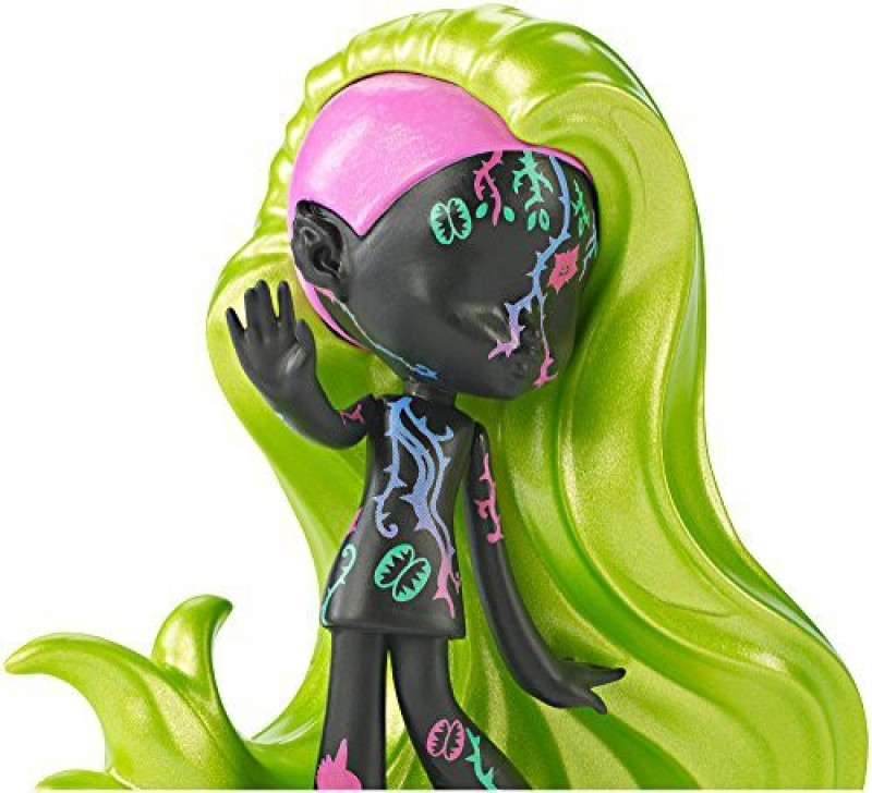 Monster High High Vinyl Chase Venus Figure(Multicolor)