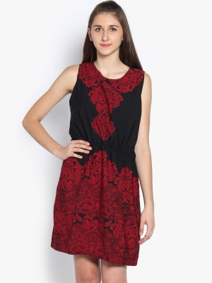 Folklore Women's Gathered Black, Red Dress