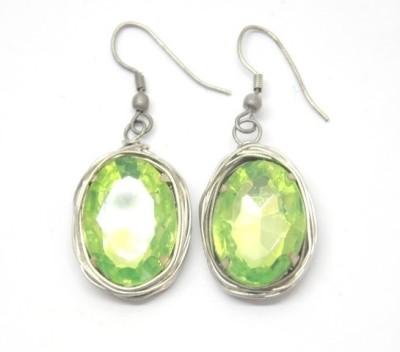 CFM Single stone Glass Dangle Earring