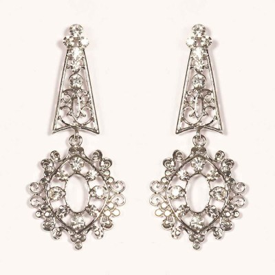 Urthn Ethnic White Design -1301632 Alloy Drop Earring