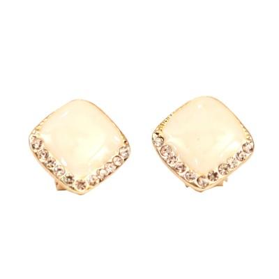 Hanishka Alloy Stud Earring