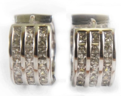 ShopHomely Metal Stud Earring