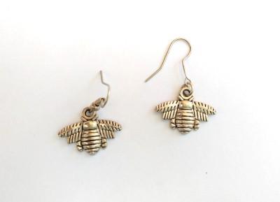 SrinidhiHandiCreations Bee Metal Dangle Earring